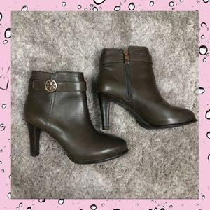 Tory Burch Olive Green Heeled Booties Leather 5.5M